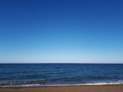 快晴のオホーツク海