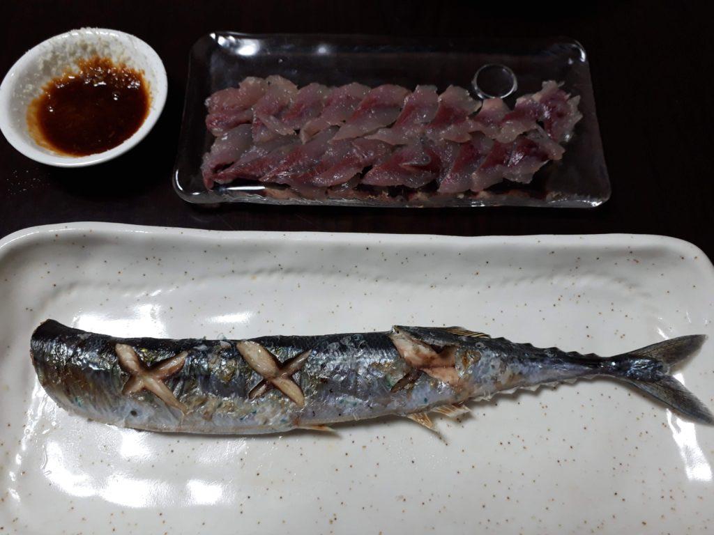 秋刀魚の刺身と塩焼き
